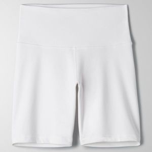 "Aritzia White TNALife 7"" Biker Short"
